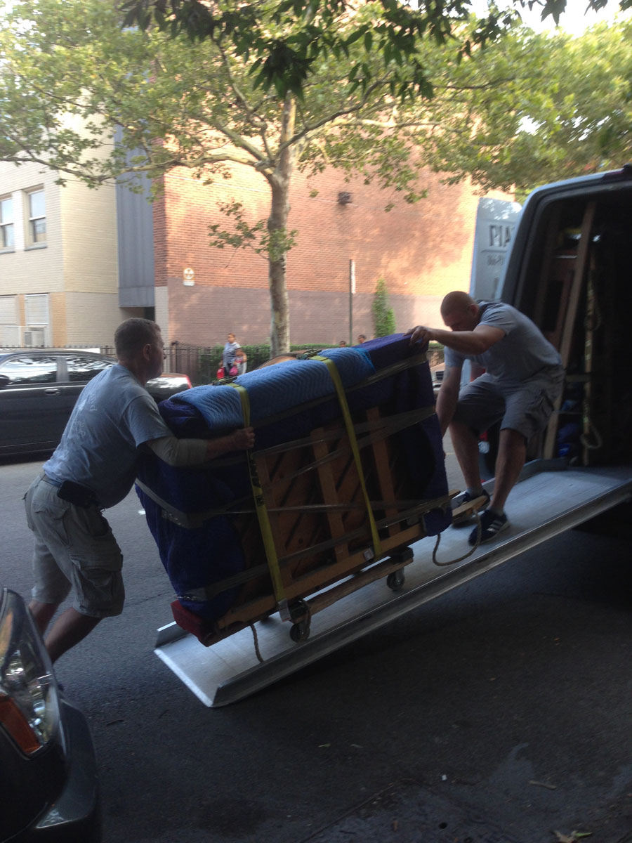 Best Nyc Piano Movers At Work Piano Movers Nyc